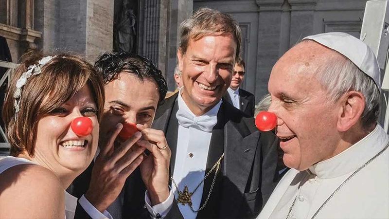 La passion de l'Église – Des limites de Mgr Lefebvre au nez rouge de Bergoglio