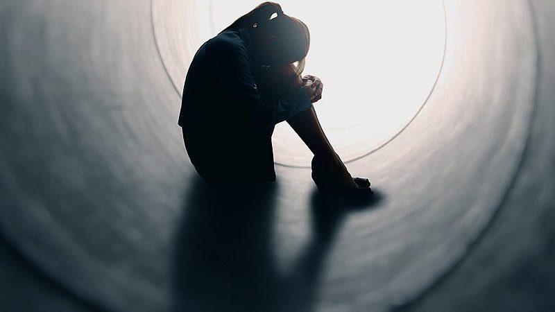 Dépressions, suicides : les conséquences annoncées des mesures sanitaires