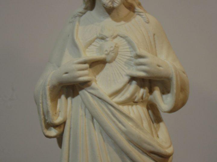 Les statues des Éditions Saint Rémi