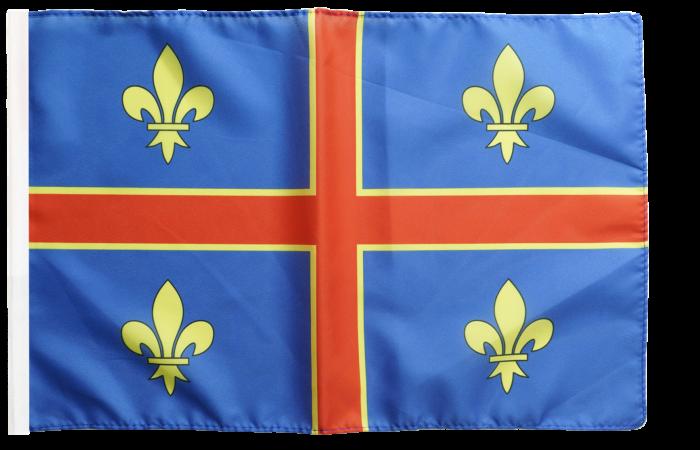 La symbolique catholique au travers des drapeaux français